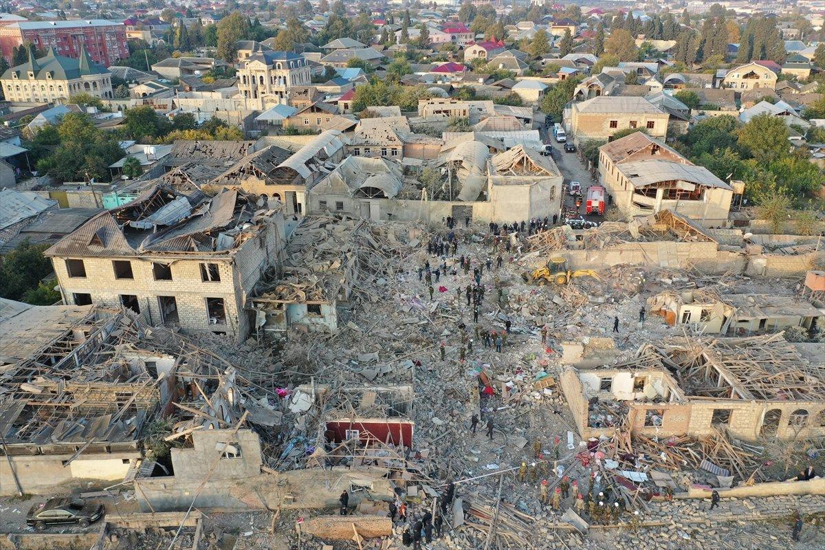 Gence de füze saldırısının ardından ortaya çıkan görüntüler #10