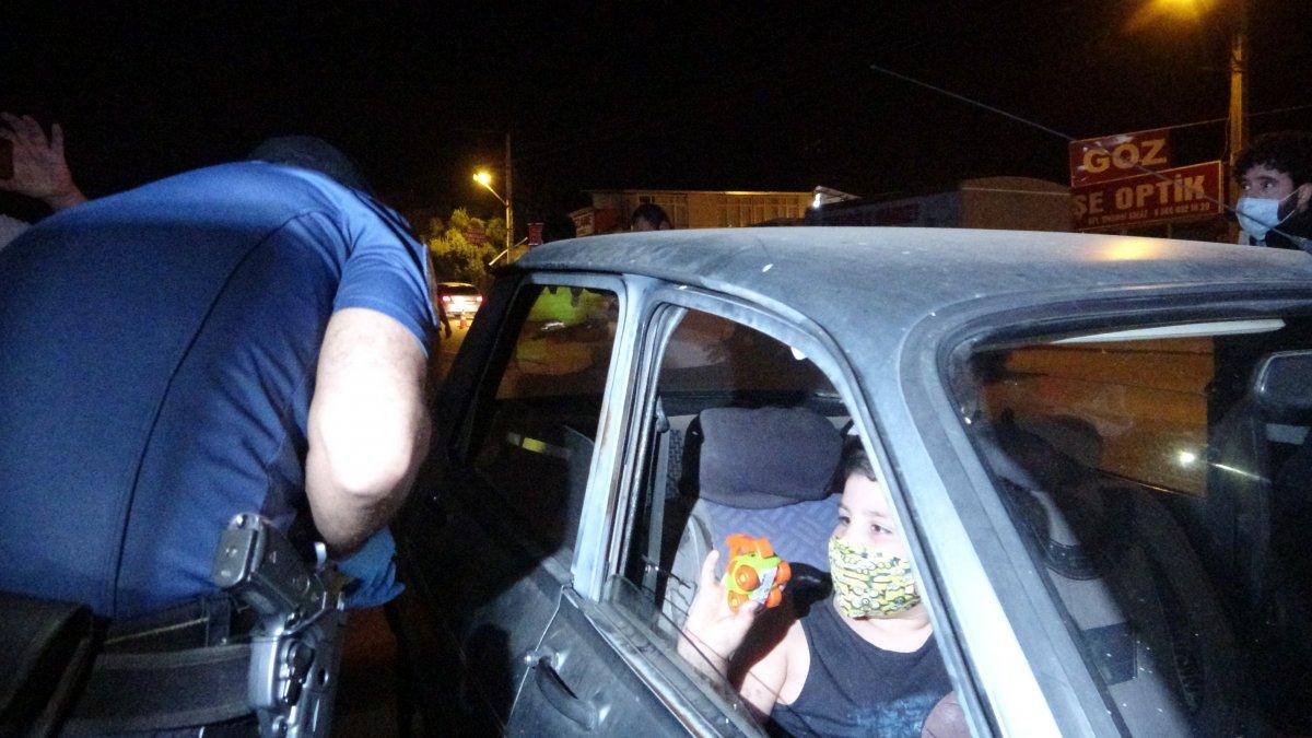 Adana da polis ekipleri Huzur ve Güven uygulaması gerçekleştirdi #2