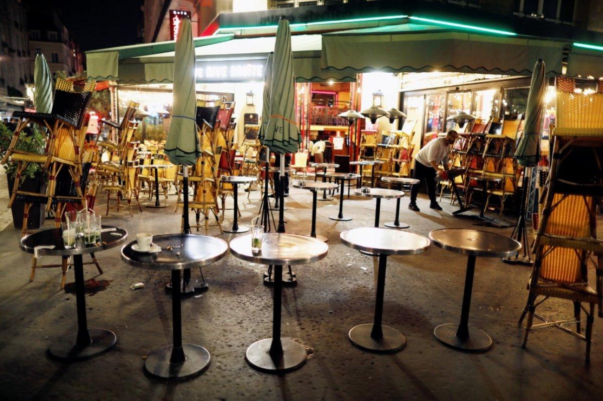 Fransa da 8 şehirde sokağa çıkma yasağı başladı #1
