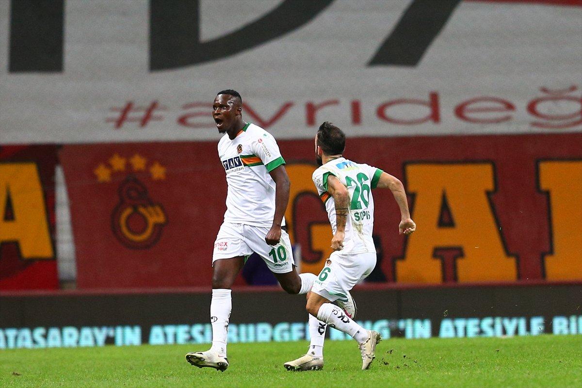 Galatasaray son dakikalarda yıkıldı #1
