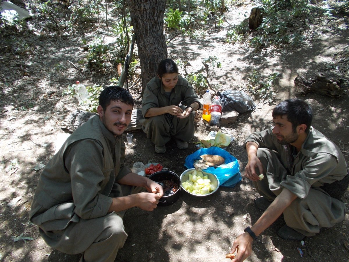 Eylem hazırlığında olan 4 terörist yakalandı #3