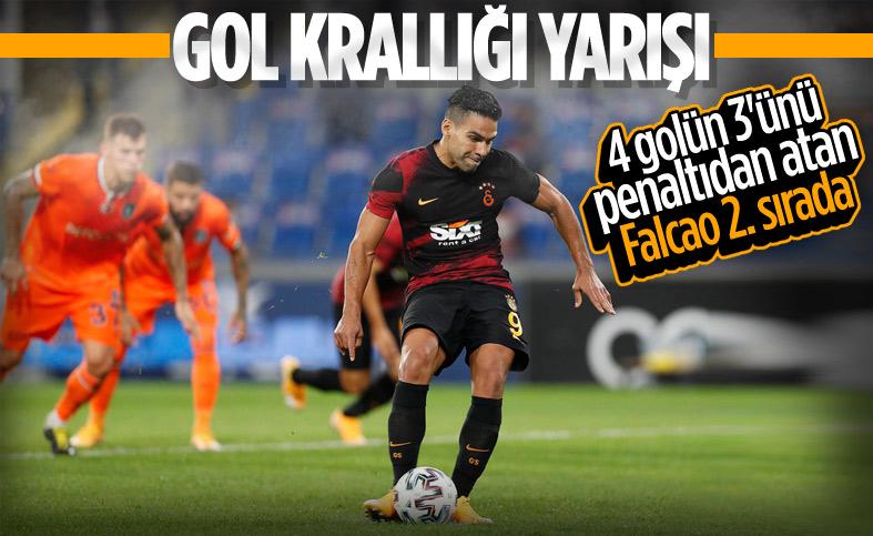 Galatasaray'ı yıkan Davidson gol krallığında zirvede