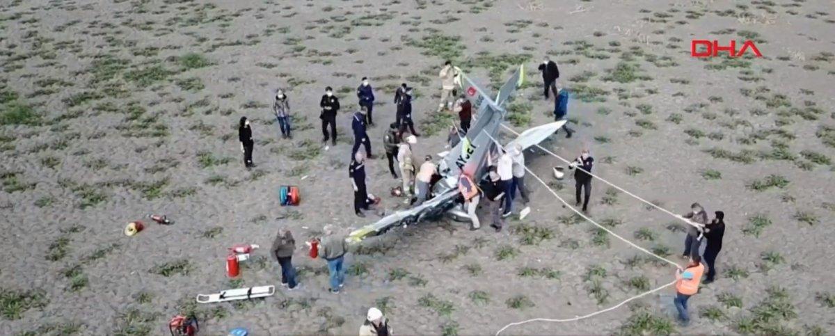 Büyükçekmece de eğitim uçağı düştü #6