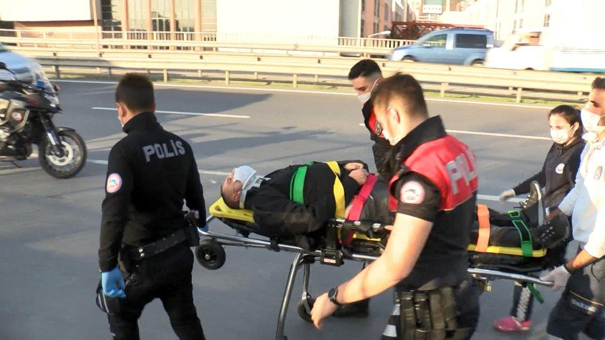 Esenler'de polisten kaçan şüpheli 5 metre yüksekten atladı #4