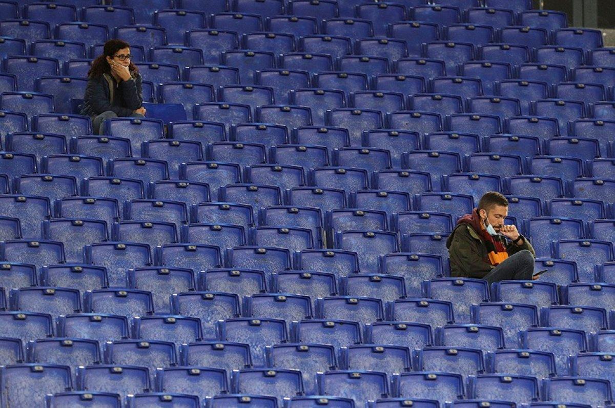 İtalya da stadyumlar yeniden kapanıyor #1