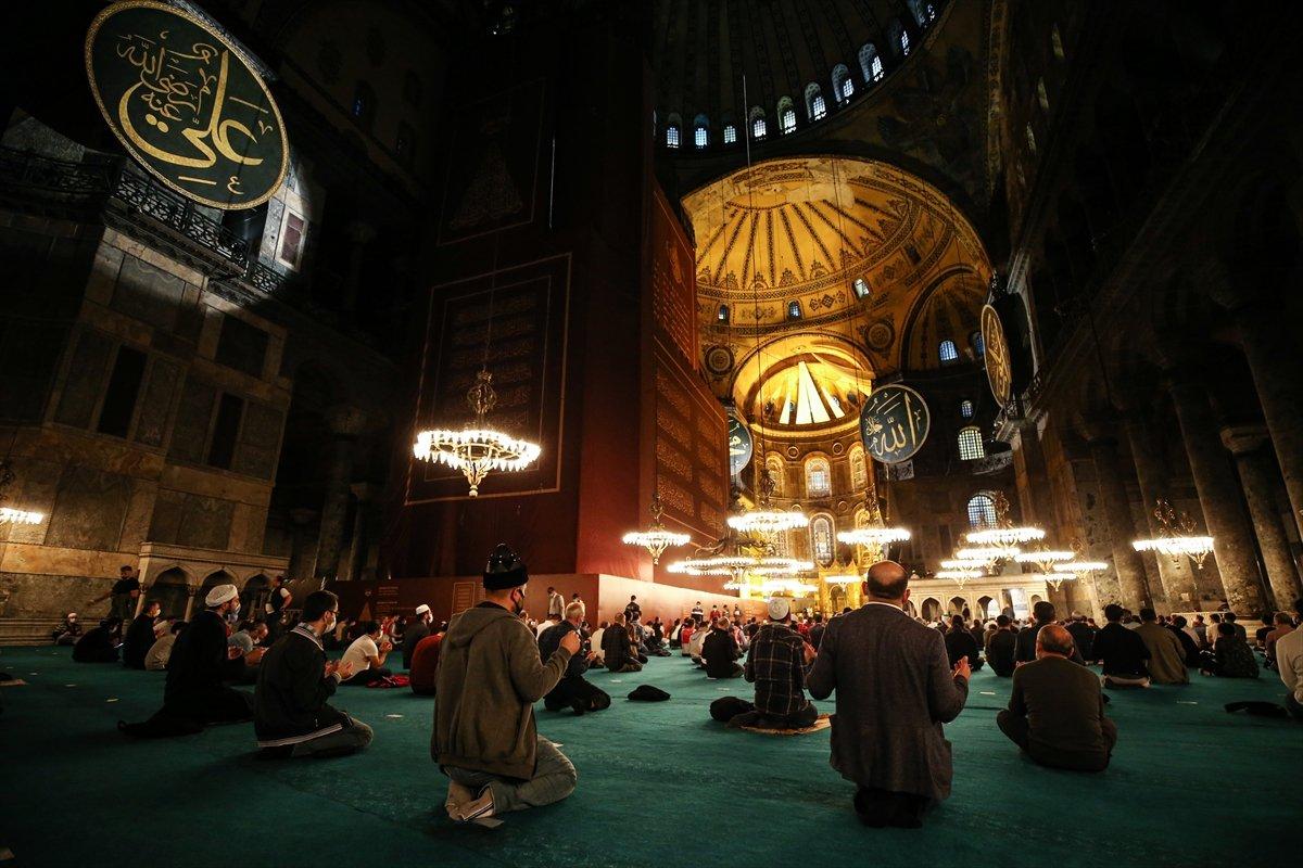 Ayasofya Camii nde 86 yıl sonra Mevlit Kandili  #3
