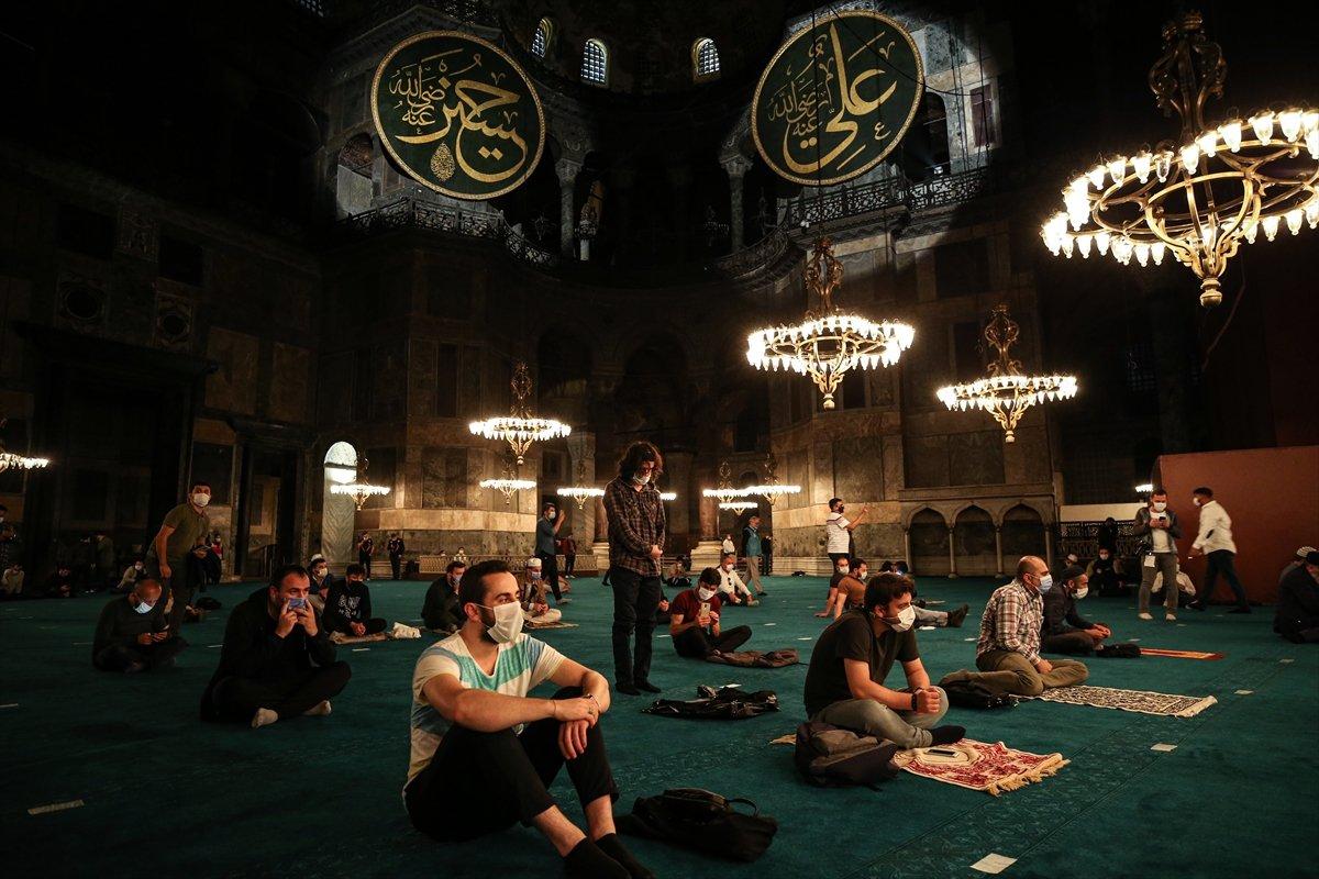 Ayasofya Camii nde 86 yıl sonra Mevlit Kandili  #9