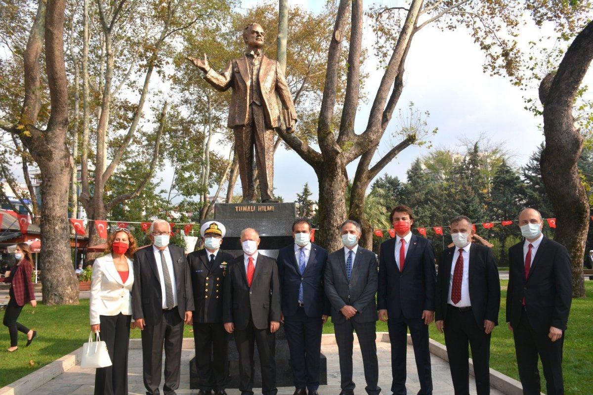 Zonguldak'ın ilk milletvekili Tunalı Hilmi'nin heykeli açıldı #3