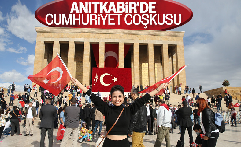 29 Ekim Cumhuriyet Bayramı coşkusu Anıtkabir'de yaşandı