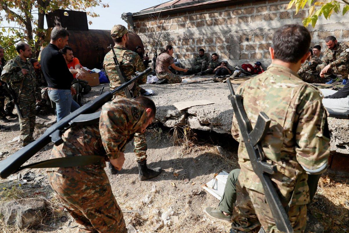 Ermenistan sivilleri cepheye hazırlıyor #9