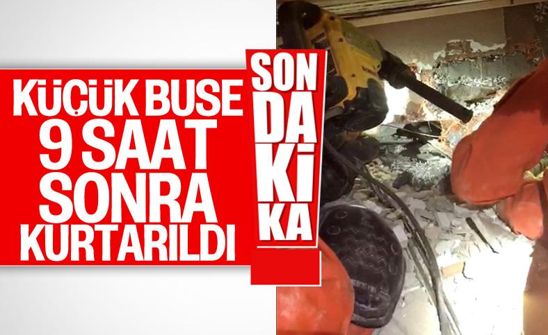 İzmir'deki depremde enkaz altında kalan minik Buse kurtarıldı