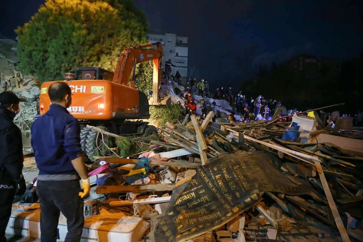 İzmir'deki depremde hayatını kaybedenlerin sayısı