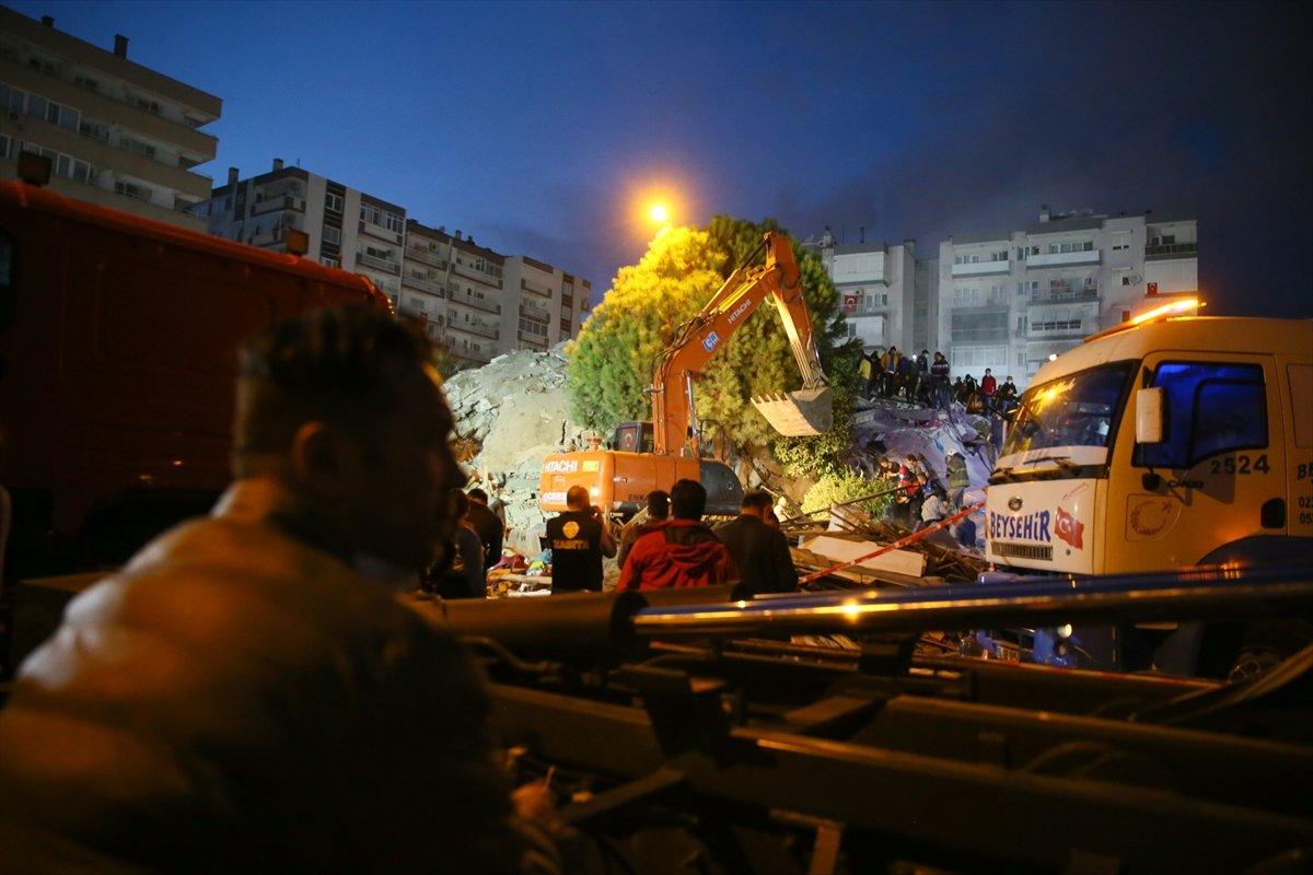 İzmir deki depremde hayatını kaybedenlerin sayısı #3
