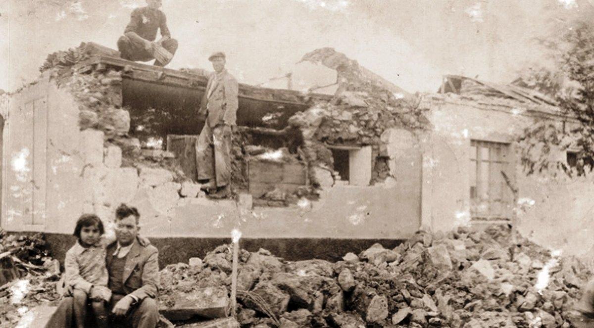 İzmir de 111 yılda, 6 ve üzeri büyüklüğünde 8 deprem meydana geldi #1