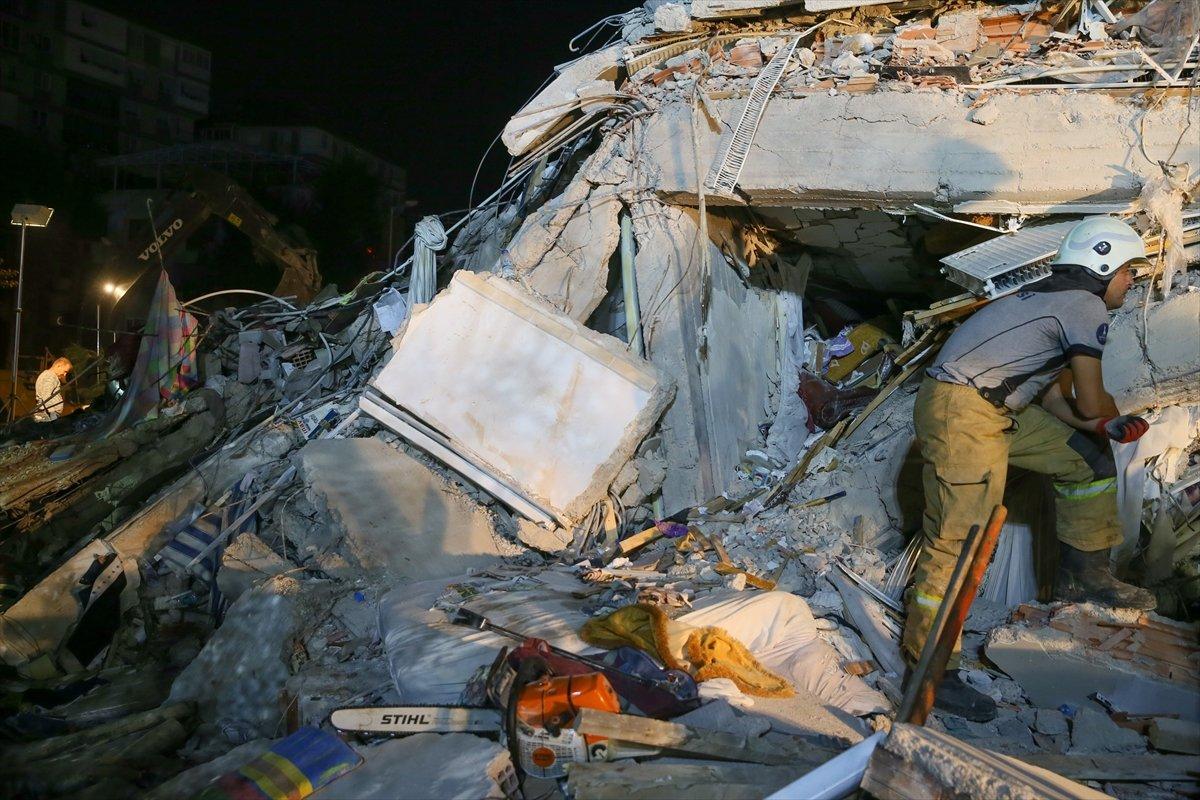 İzmir de 211 artçı deprem yaşandı #1