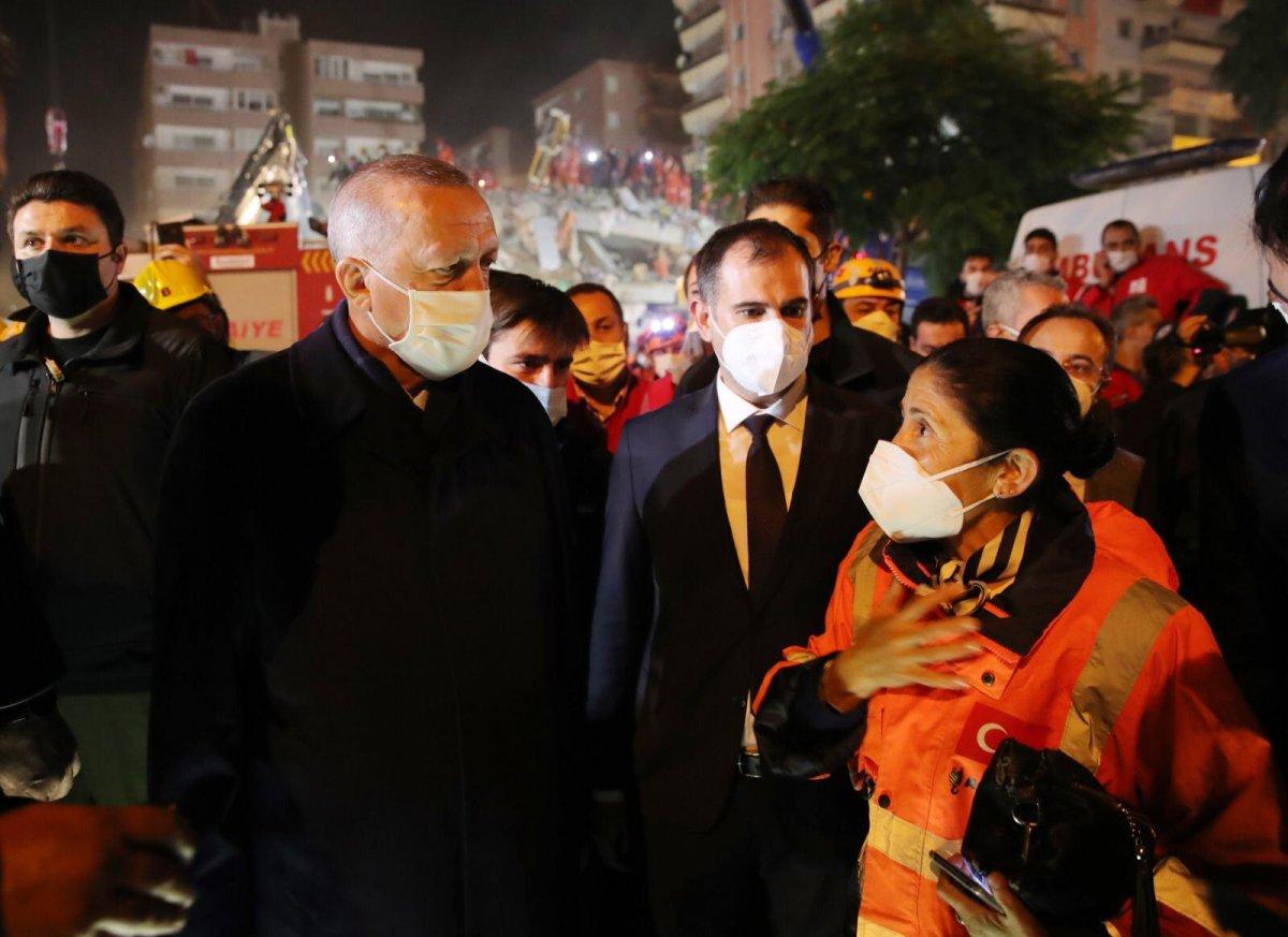 Cumhurbaşkanı Erdoğan, deprem bölgesinde inceleme yaptı #2