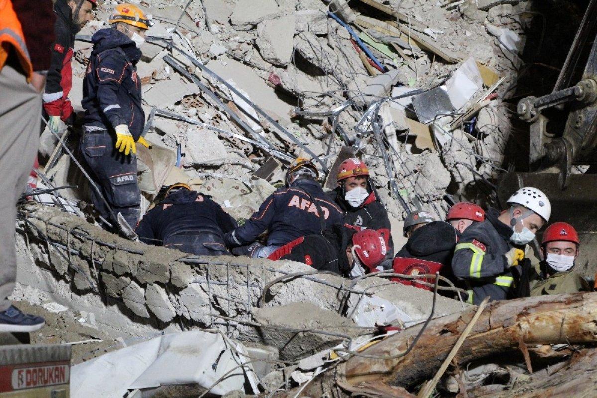 İzmir de yıkılan Emrah Apartmanı nın acı hikayesi #2