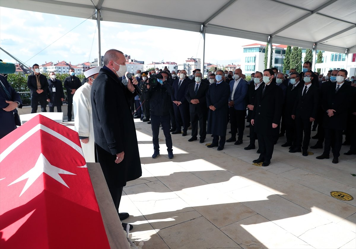 Cumhurbaşkanı Erdoğan, Mesut Yılmaz ın cenaze törenine katıldı #5