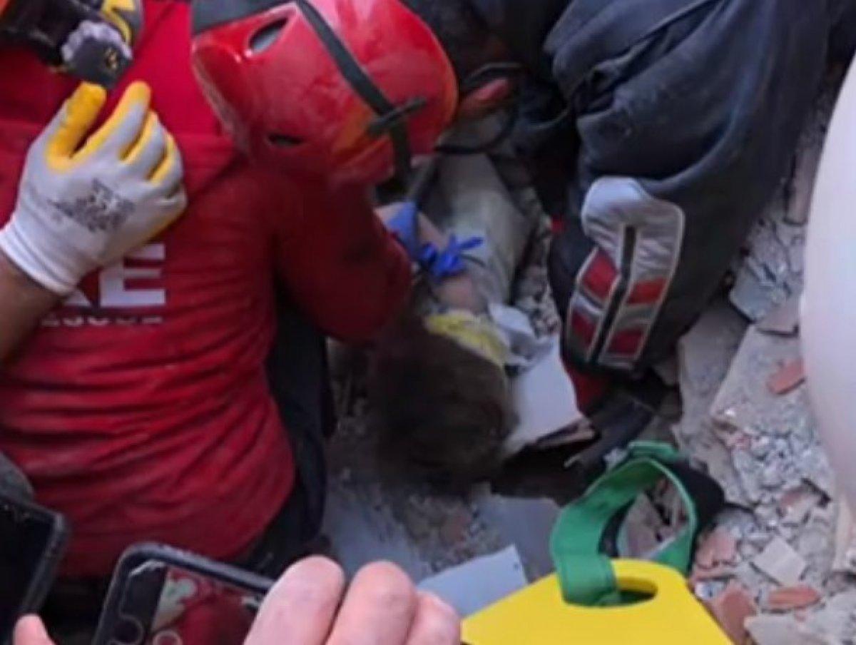 Tunç Soyer: Rıza Bey Apartmanı ndan bir bebeğe canlı ulaşıldı #6
