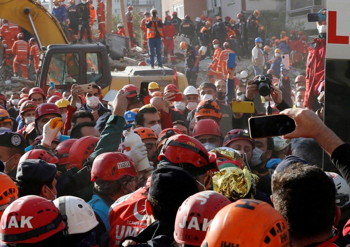 İzmir depreminde hayatını kaybedenlerin sayısı 115 e yükseldi #3