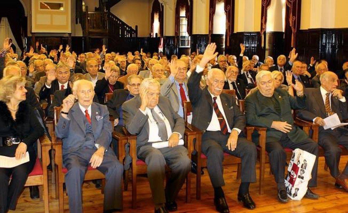 Galatasaray da erken seçim kararı #2