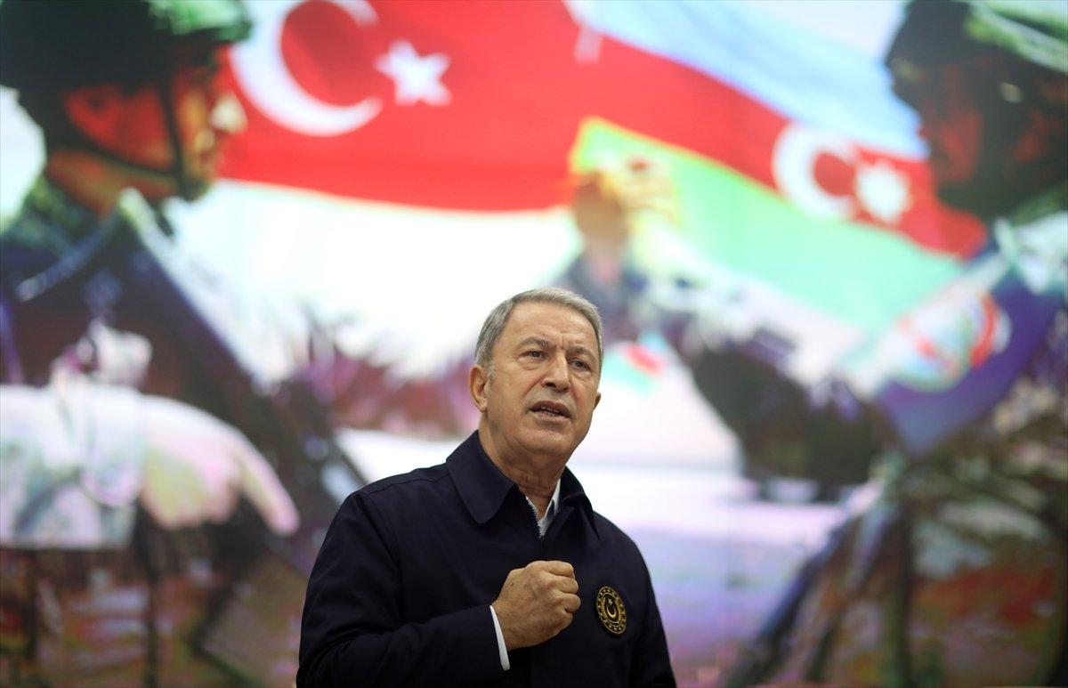 Hulusi Akar, Azerbaycan Savunma Bakanlığı nda törene katıldı #2