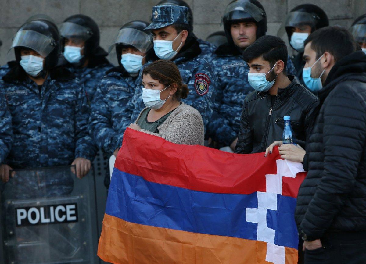 Ermenistan, Paşinyan ı arıyor #4