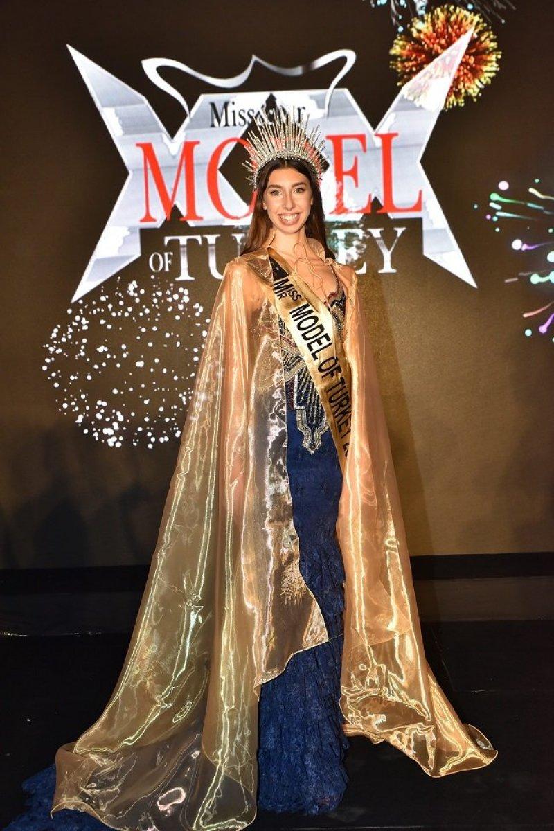 Türkiye'nin 16 yaşındaki Ceyda Toyr'ın Miss Modeli # 3