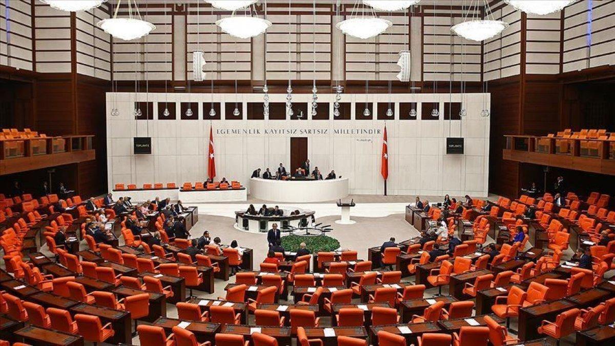 Azerbaycan tezkeresi Meclis te #1