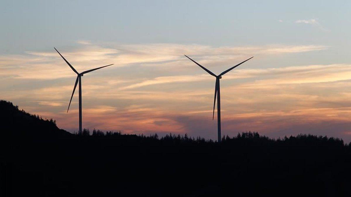 Elektrik kurulu gücünde yerli ve yenilenebilir kaynakların payı genişledi #1