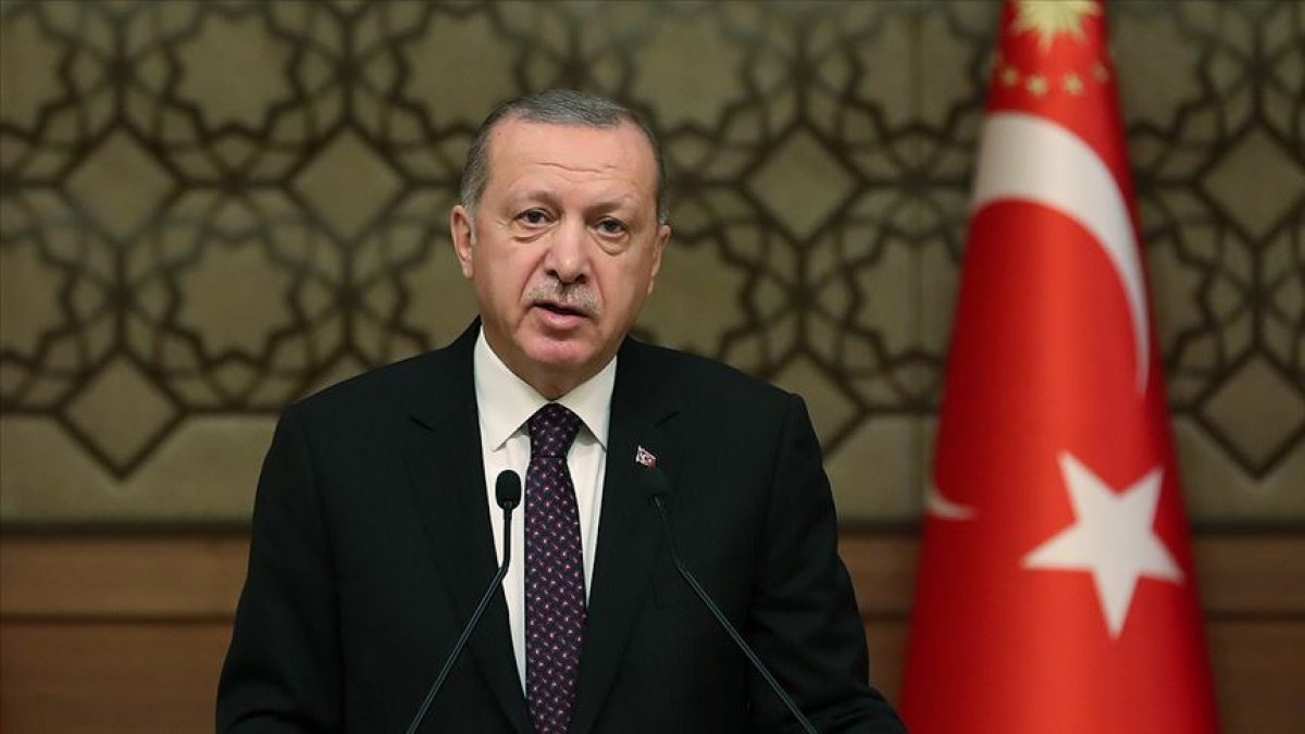 Cumhurbaşkanı Erdoğan: Öğretmenlerimizi desteklemeyi sürdüreceğiz #1