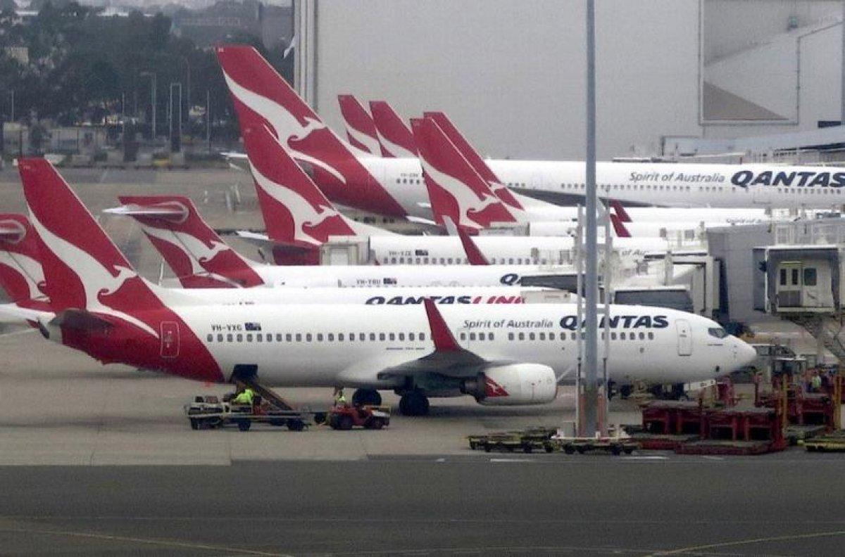 Qantas: Koronavirüs aşısı, uluslararası uçuşlarda zorunlu olacak #1