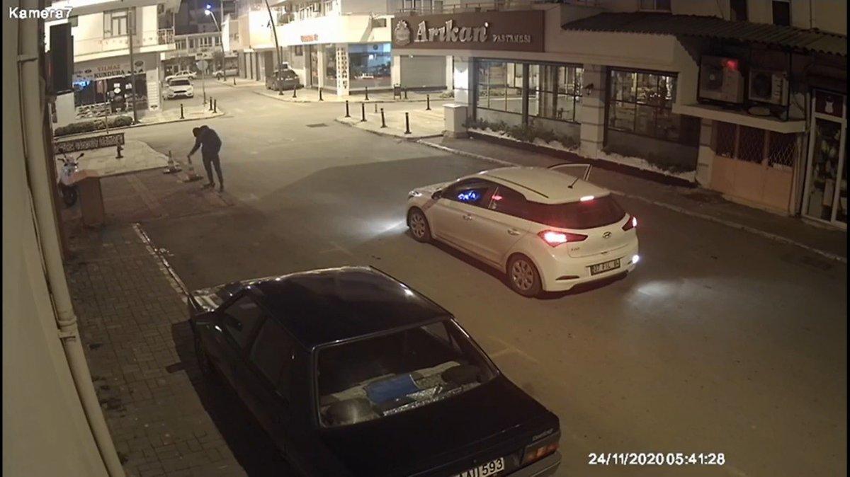 Antalya da çaldığı dubayı aracının üstüne koydu #1
