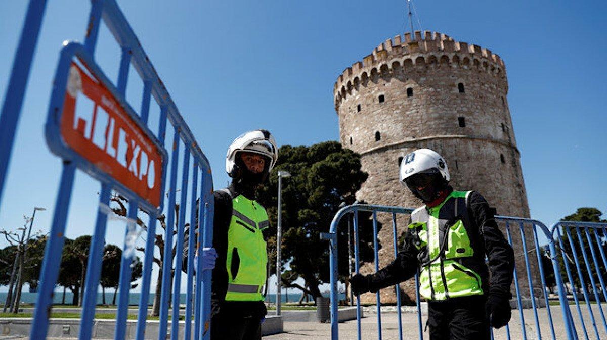 Yunanistan da koronavirüs karantinası bir hafta uzatıldı #1