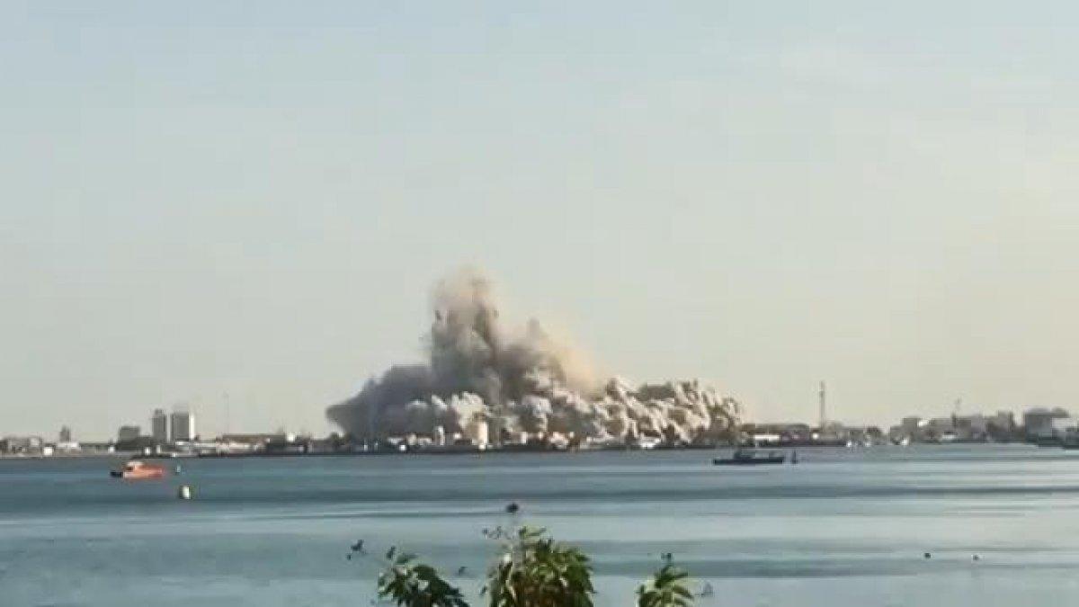 Abu Dabi'deki 144 katlı binanın yıkım anı #2