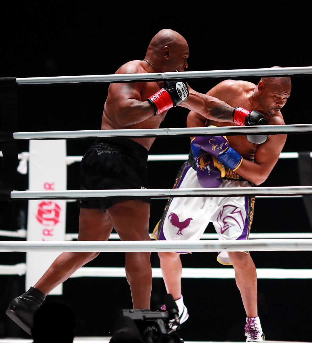 Mike Tyson - Roy Jones maçı berabere bitti #2