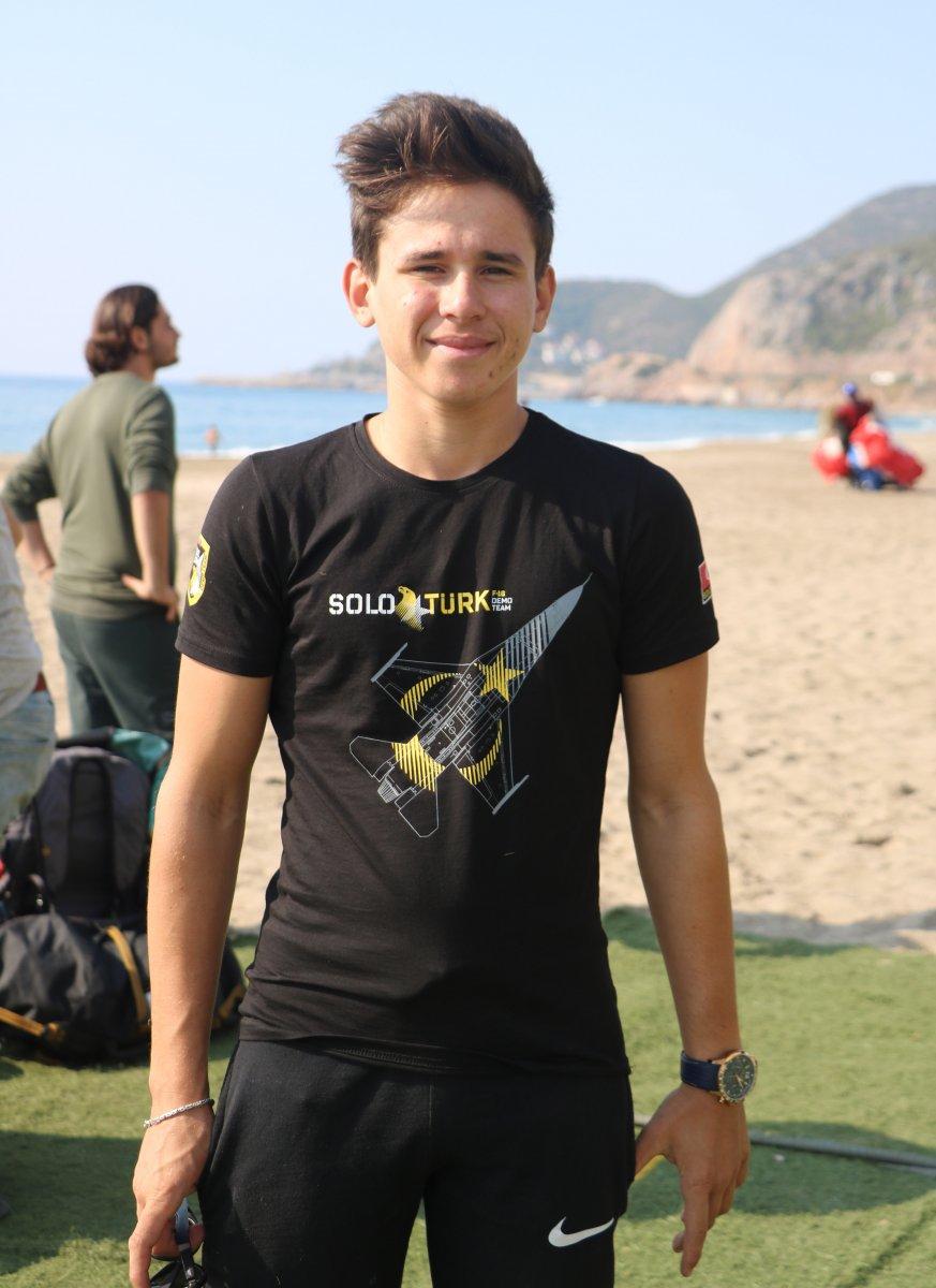 Antalya da en genç akrobasi pilotu destek bekliyor #2