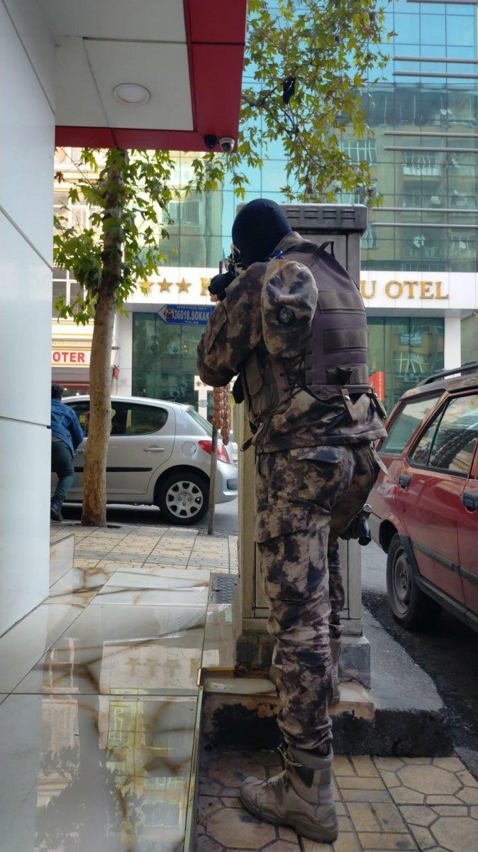Kahramanmaraş ta ihbara giden polise silahlı saldırı #8