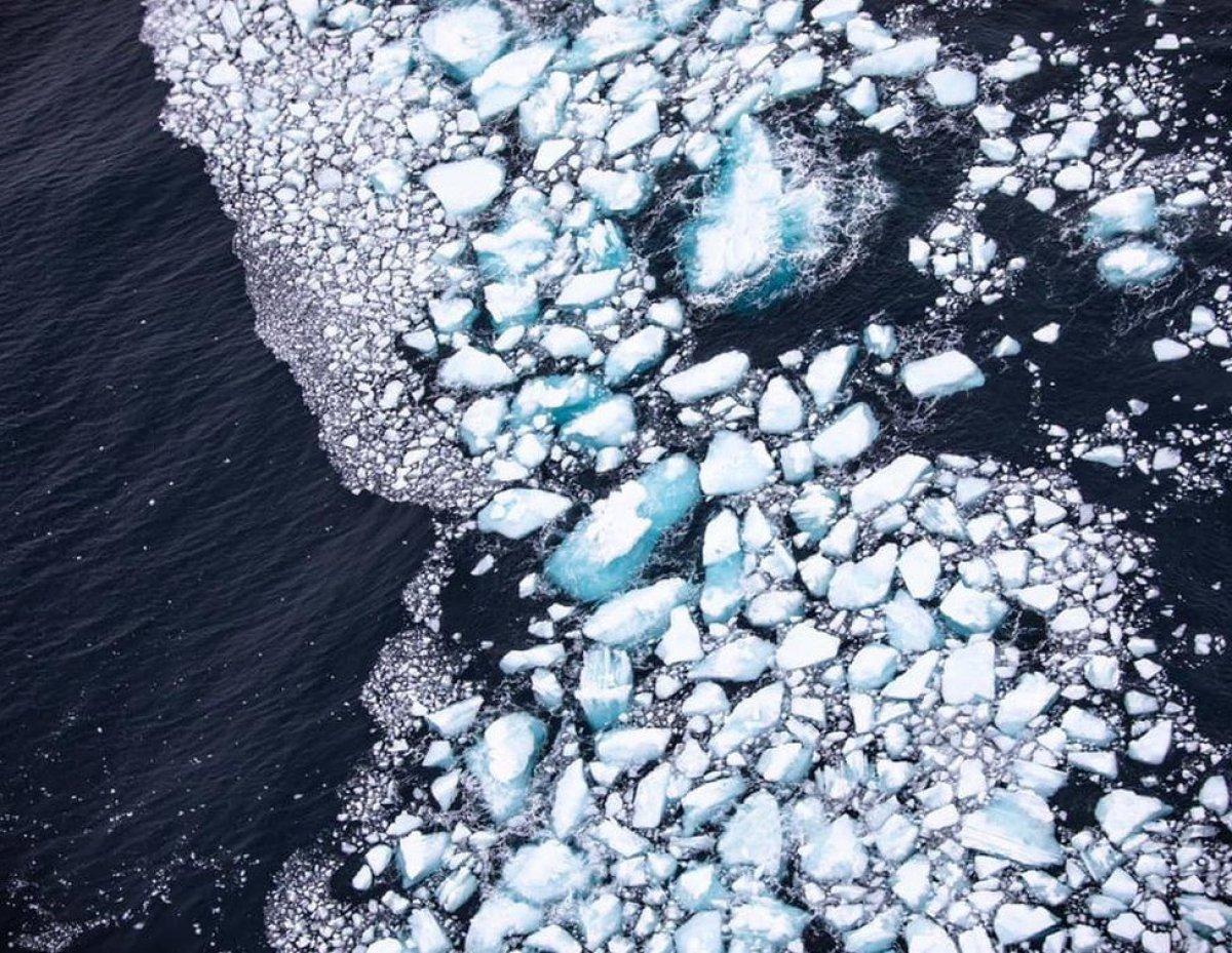 Dünyanın en büyük buz dağındaki erime gözlendi #2