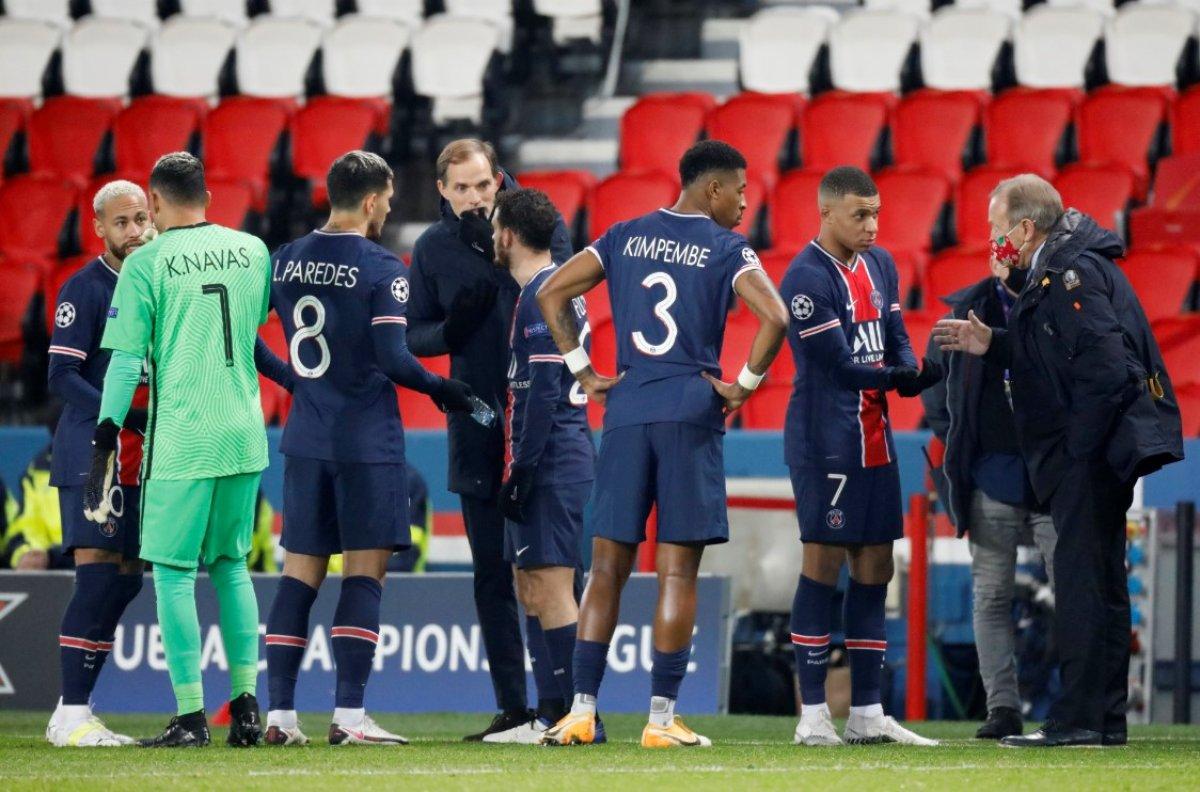 PSG - Başakşehir, maçına ırkçılık sebebiyle ara verildi #7