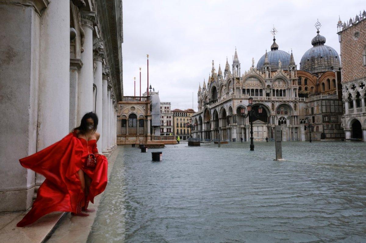 Venedik sular altında kaldı #5