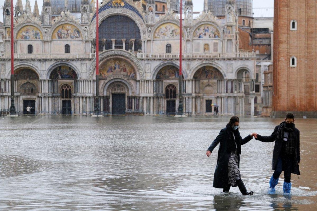 Venedik sular altında kaldı #2