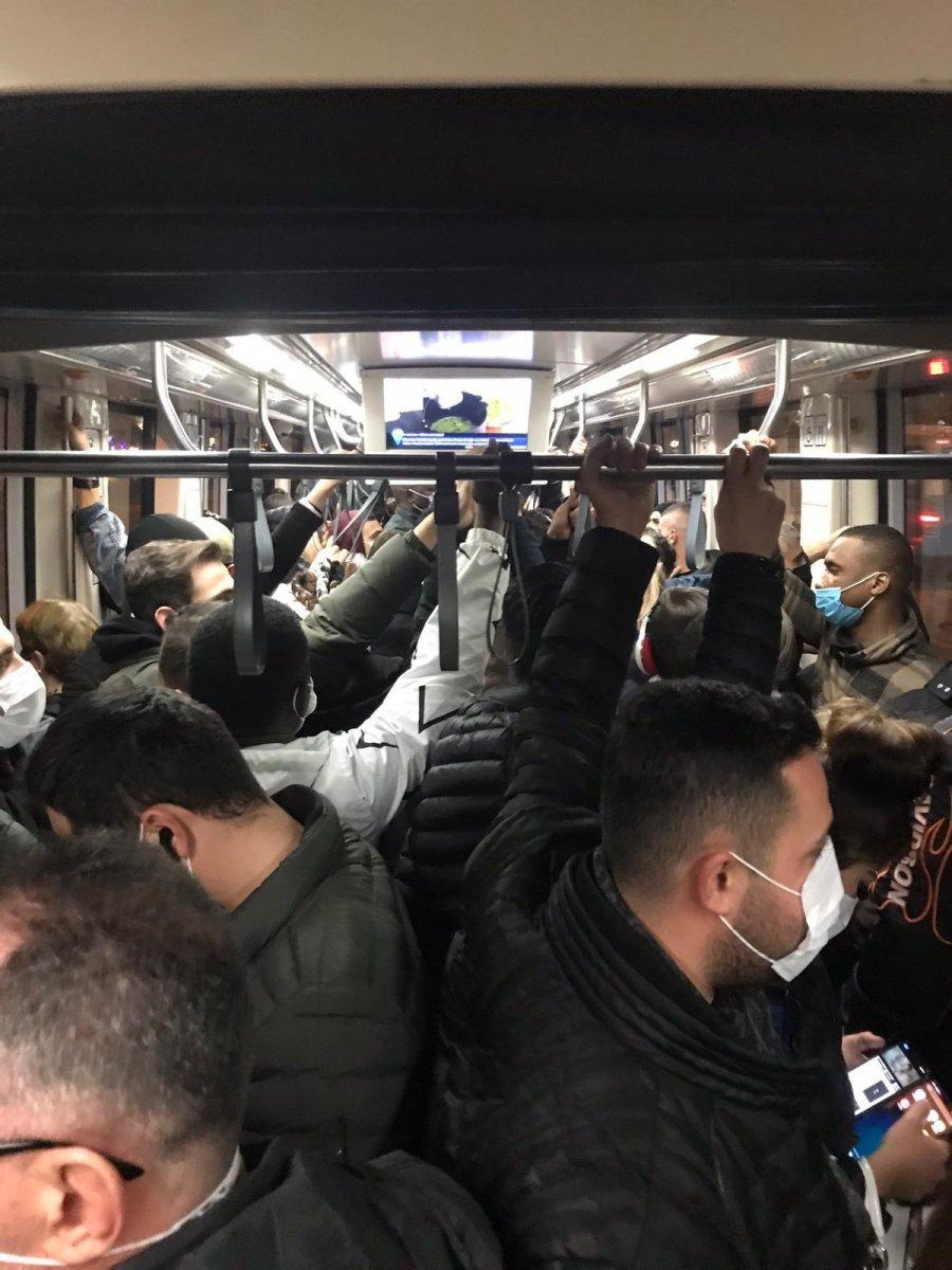 İstanbul da metrobüs duraklarında yoğunluk #2