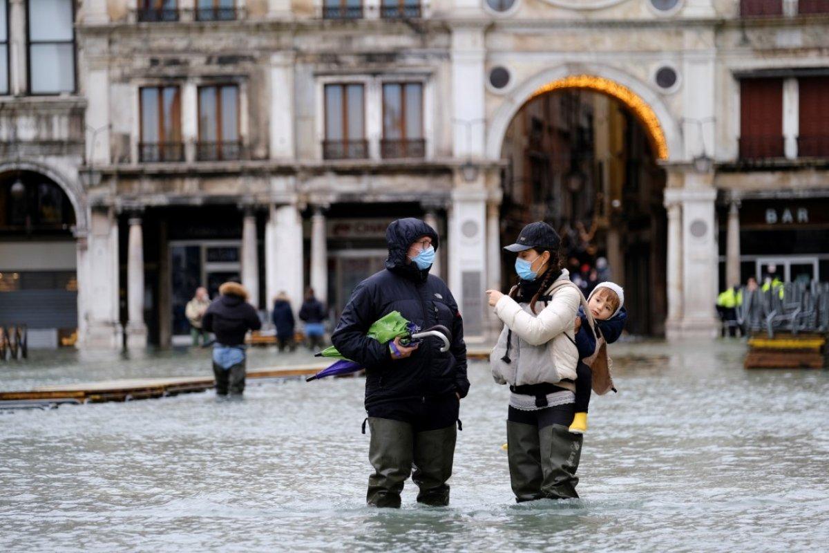 Venedik sular altında kaldı #4