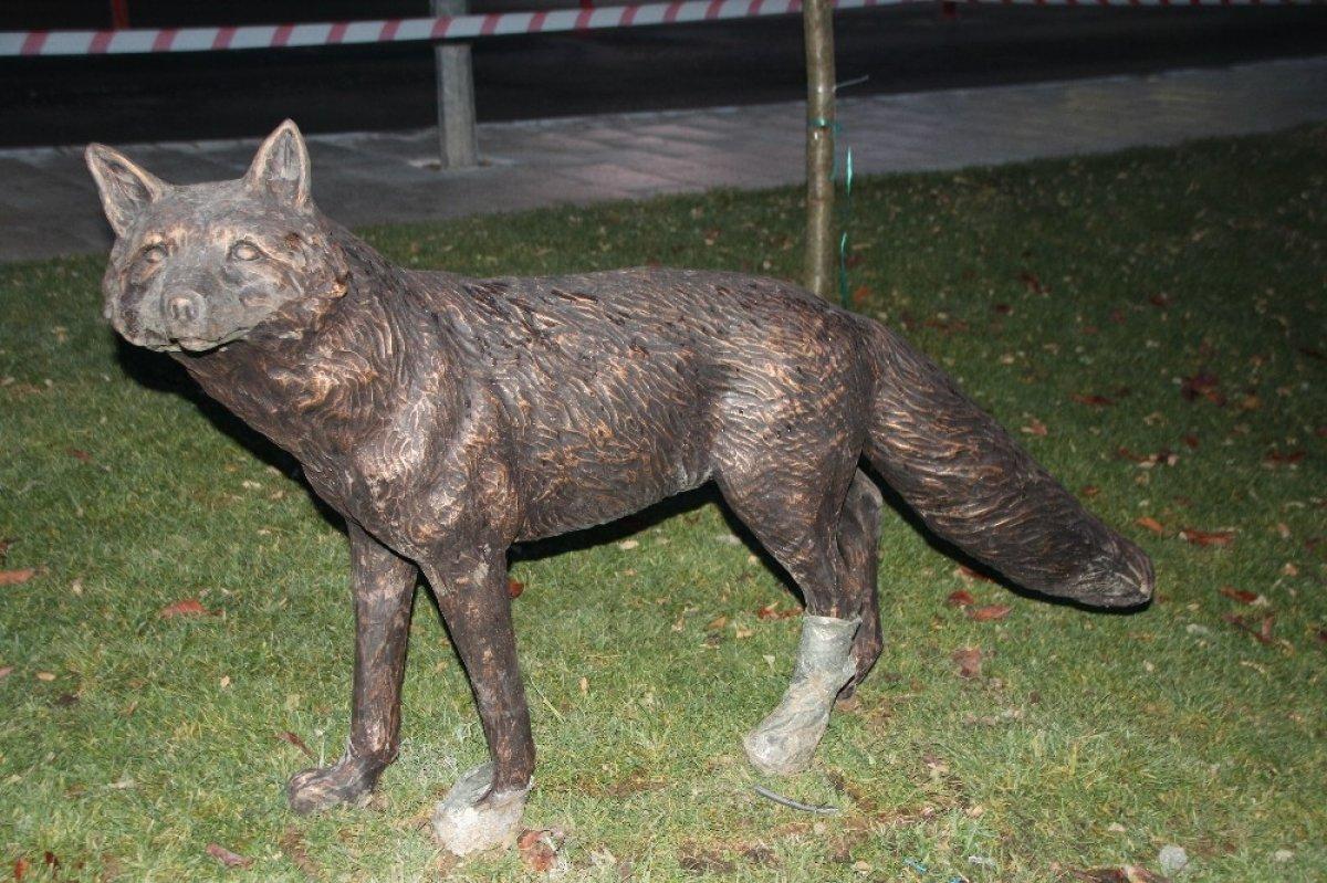 CHP li Bilecik Belediyesi ayı heykeli yaptı #3