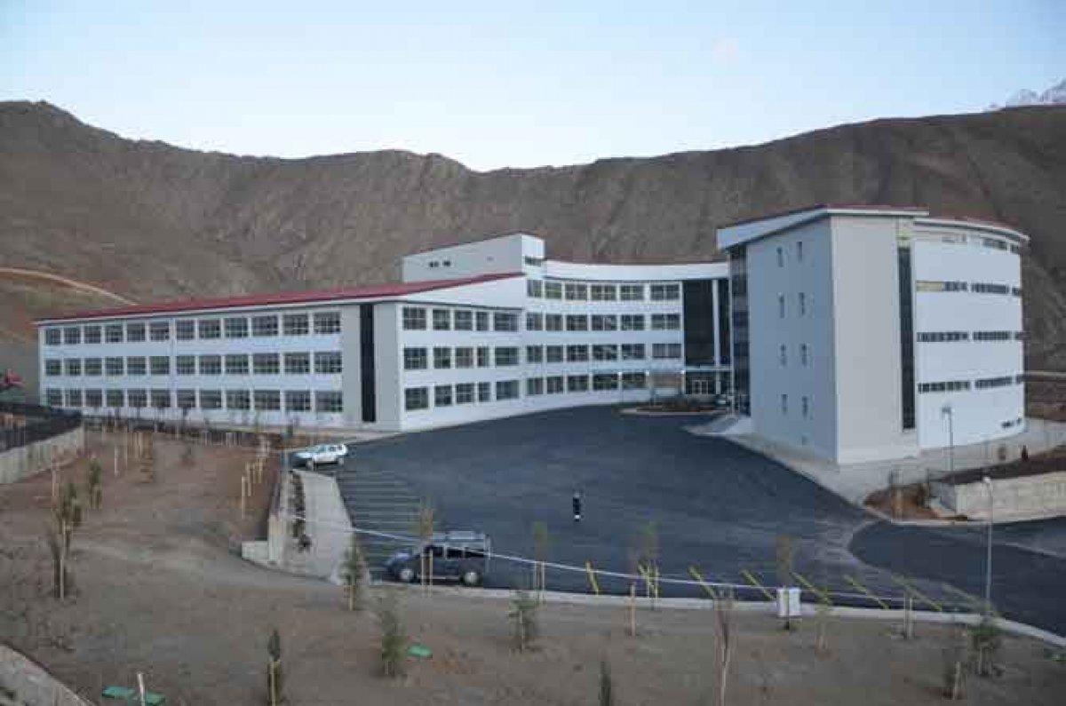 Hakkari Üniversitesi nin yapımı tamamlandı #3