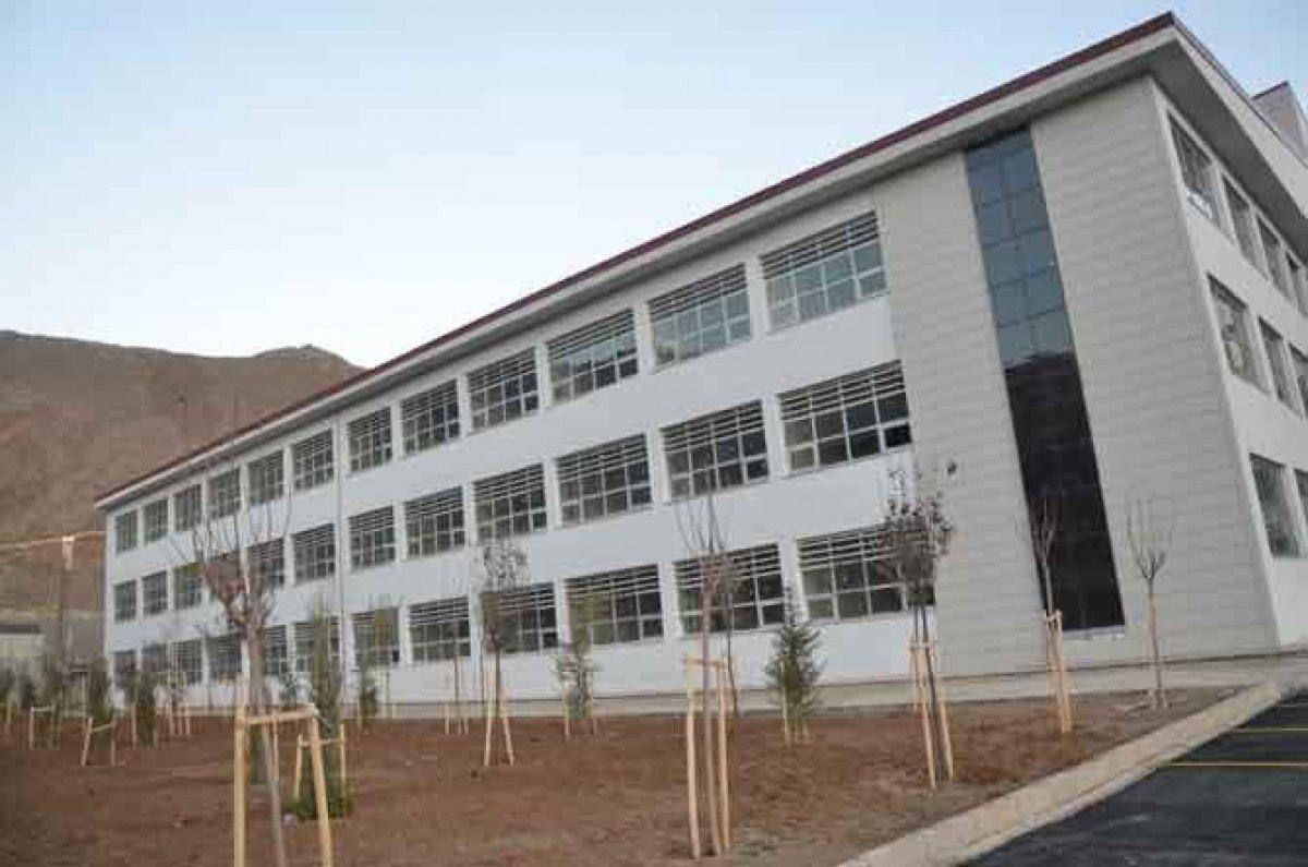 Hakkari Üniversitesi nin yapımı tamamlandı #1
