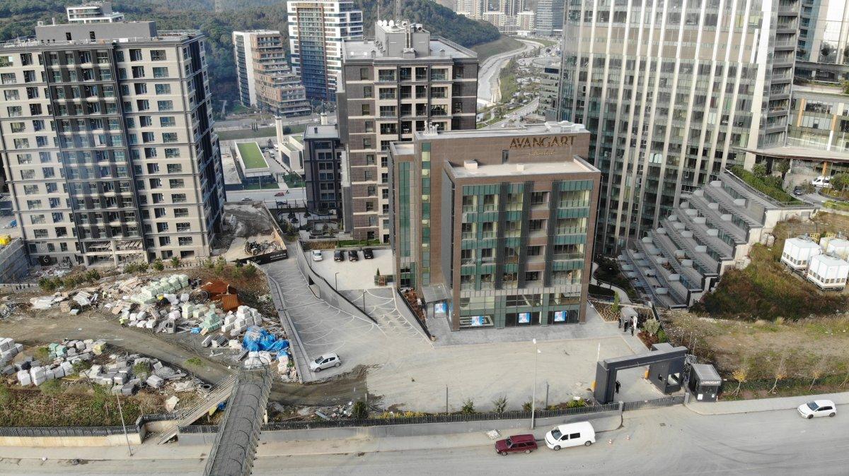 CHP'nin yeni il müdürlük binası için 2 numaralı düzensiz değişim etiketi