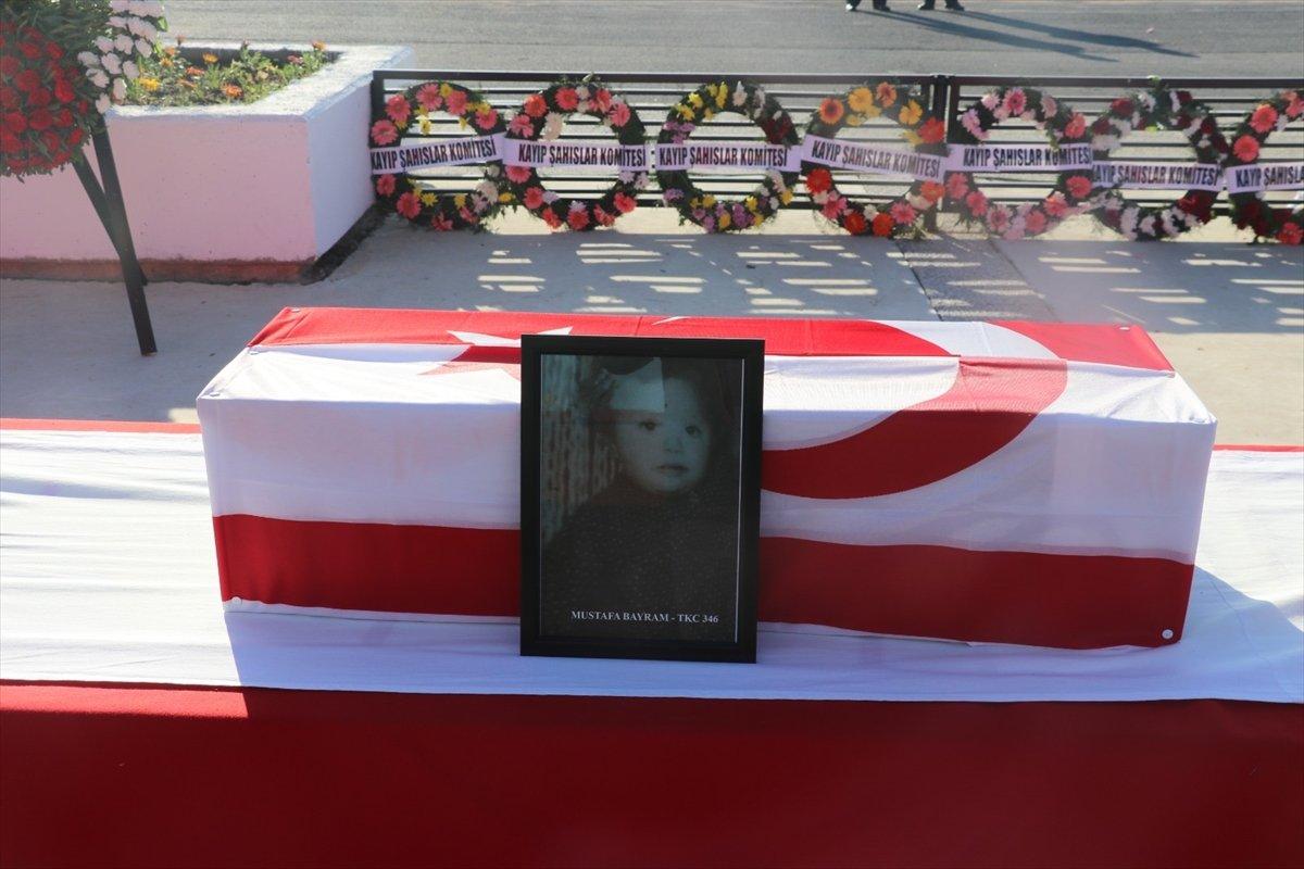 KKTC de katledilen 14 şehit, 46 yıl sonra toprağa verildi #5