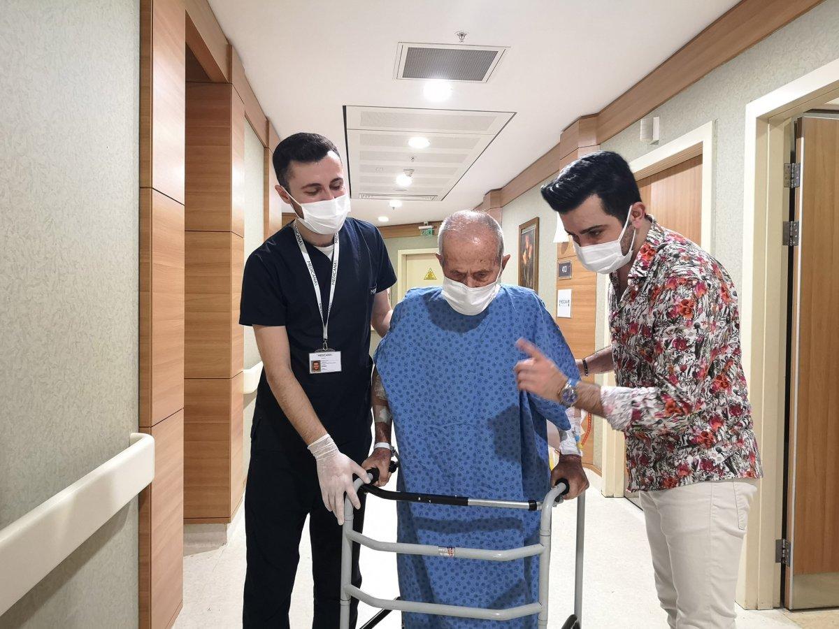 İstanbul da 103 yaşındaki Hacı Dede, koronavirüsü yendi #3